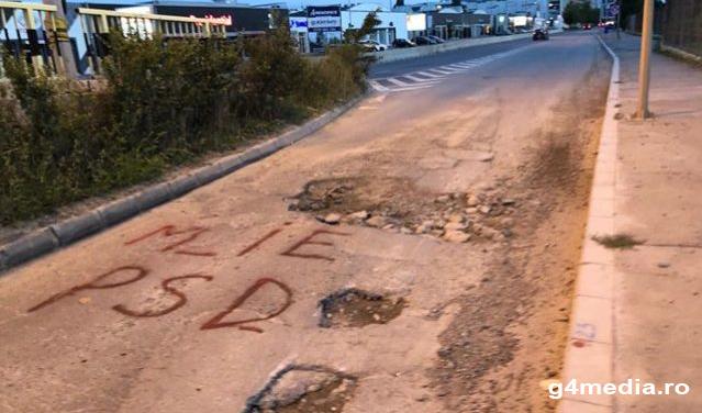 Ai strada nereparată de ani de zile? Scrie M_IEPSD pe ea, poate vine Firea cu lopata!