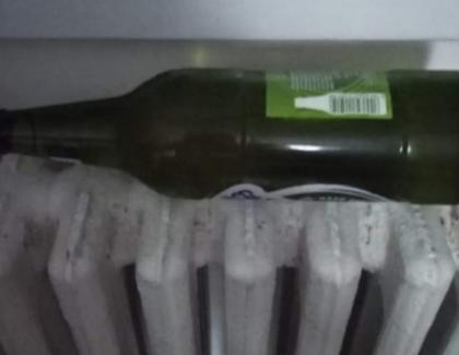 Cum pun bucureştenii berea la rece (Atenție, imagini care vă pot face să renunțați la frigider!)