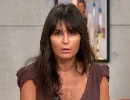 """Dana Budeanu:""""Puneți-vă șosete, mai băiețeilor!Terminați cu nudismul la gleznă!Bă, voi ați văzut mafioți fară ciorapi?"""" Nu. Doar cu flaușați am văzut în ultimul timp"""