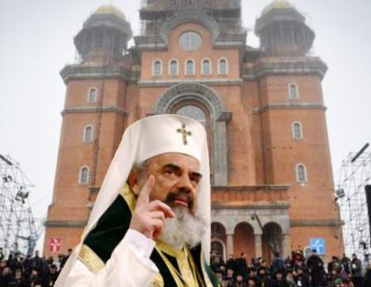 Ne prinde sfârşitul lumii cu catedrala netetencuită și voi donați 2 euro pe SMS pentru spitale!!
