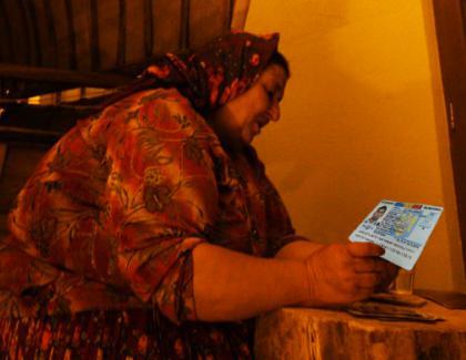 O ghicitoare din Caracal poate ghici ziua de naştere doar cu buletinul!