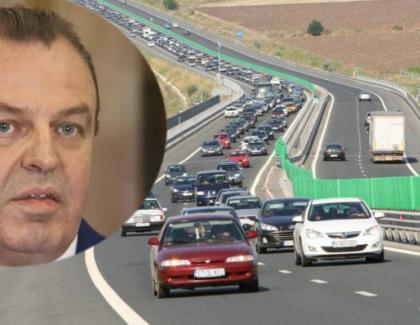 Scandalos: Mai mulți români care au mers pe autostradă s-au trezit cu salariile mărite din senin!