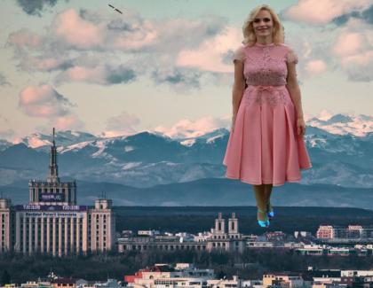 E atât de senin în Bucureşti încât se văd Poalele Tâmpei!