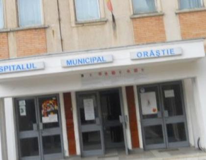 Medicii de la spitalul din Orăştie au demisionat în bloc.Nişte eroi! Diseară ieşim pe balcoane să îi aplaudăm cu câte 2 plicuri în mâini!