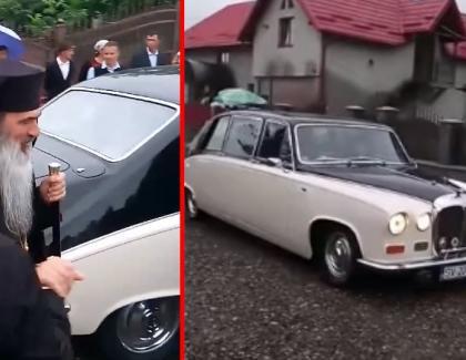IIsus mergea în pelerinaj calare pe măgar. În zilele noastre, măgarul merge în pelerinaj cu Rolls Royce-ul!
