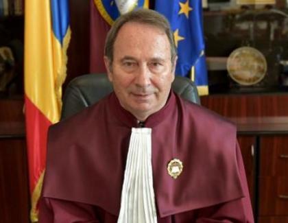 Valer Dorneanu, omul cu 4 pensii speciale, a decis că e neconstituțională impozitarea pensiilor speciale cu 85%!