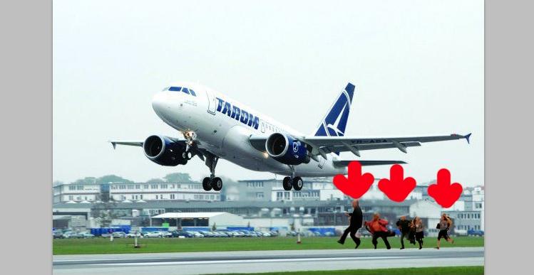 Un avion TAROM care nu pornea la cheie a decolat împins de pasageri!