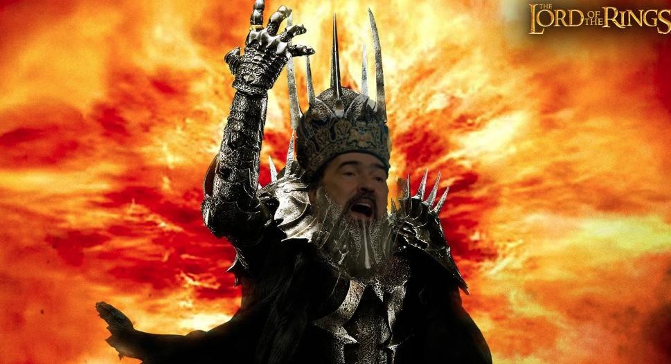 Sauron de la Constanța, lord of BORdor,scoate 500 de popi înstradă pentrua recâştiga dreptul de a pupa orcile