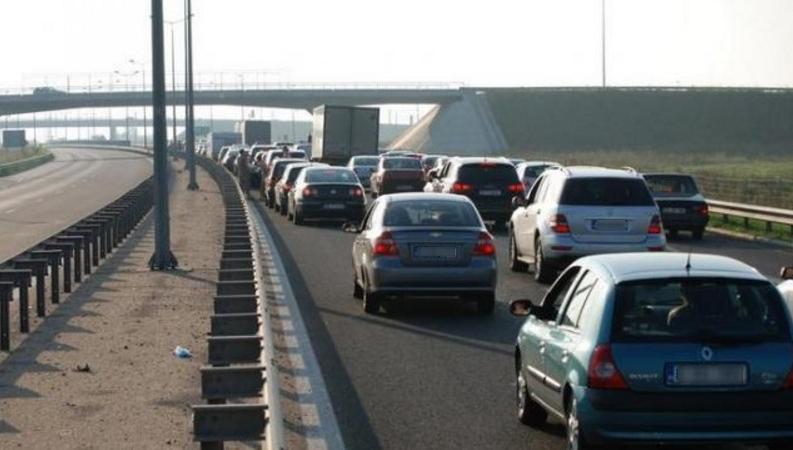 Trafic aglomerat pe Autostrada Soarelui. Poliția recomadă ruta ocolitoare, prin Bulgaria și Grecia