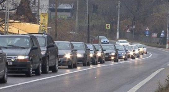 Trafic blocat spre București. Poliția recomandă ruta ocolitoare prin Austria, Italia, Spania