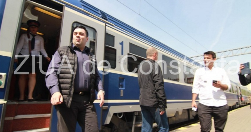Trenul super-warp3 cu care a mers ministrul Transporturilor la Constanța a ajuns cu 2 zile mai devreme la destinație!