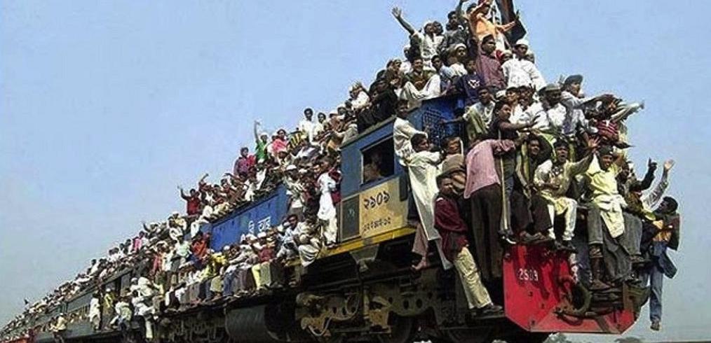 Un tren cu grefieri şi judecători din Sri Lanka se apropie de România!