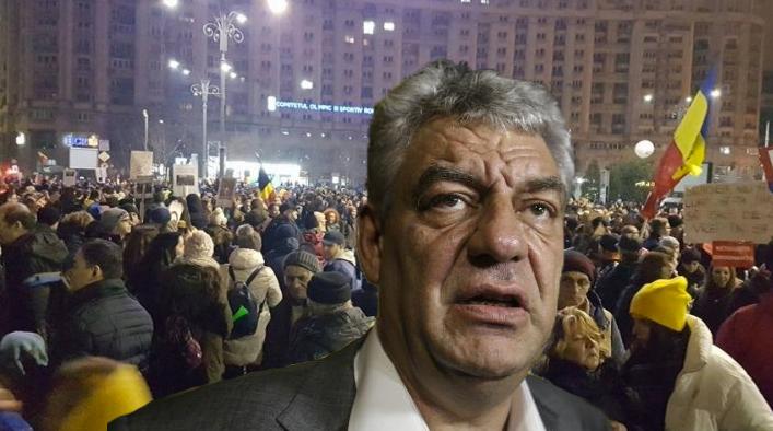 """Mihai Tudose e la protest: """"Cică se dau 50 de lei de om, 30 de lei de câine și o juma' de votcă de premier!"""""""