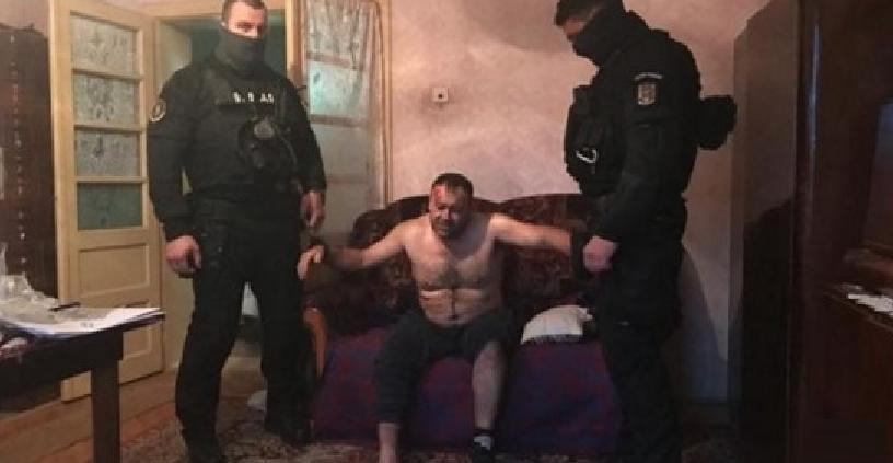 A fost prins ucigașul polițistului. Bravo! Să fie pus în celulă cu Dragnea, protectorul infractorilor