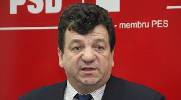 Efectul interzicerii zborurilor dinspre Suceava: senatorul Virginel s-a kkt pe el!